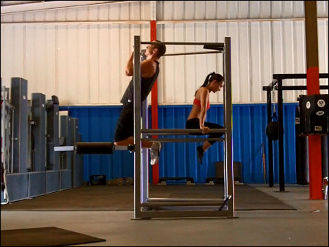 Chin ups and dips on the UXS bodyweight multi-exercise station